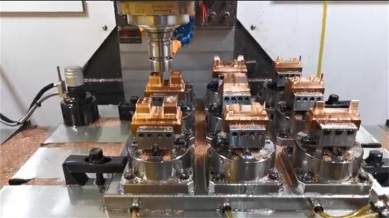 overmolding mold4